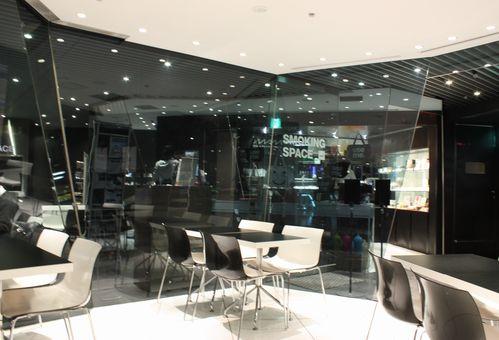 MAM CAFE3.jpg